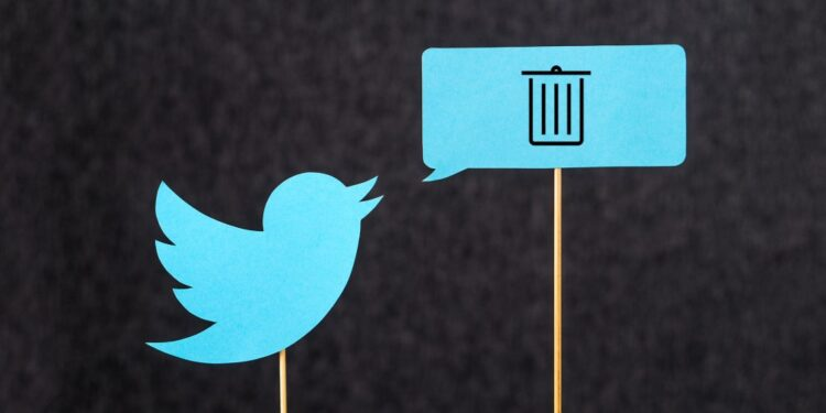 How to delete all your tweets at once